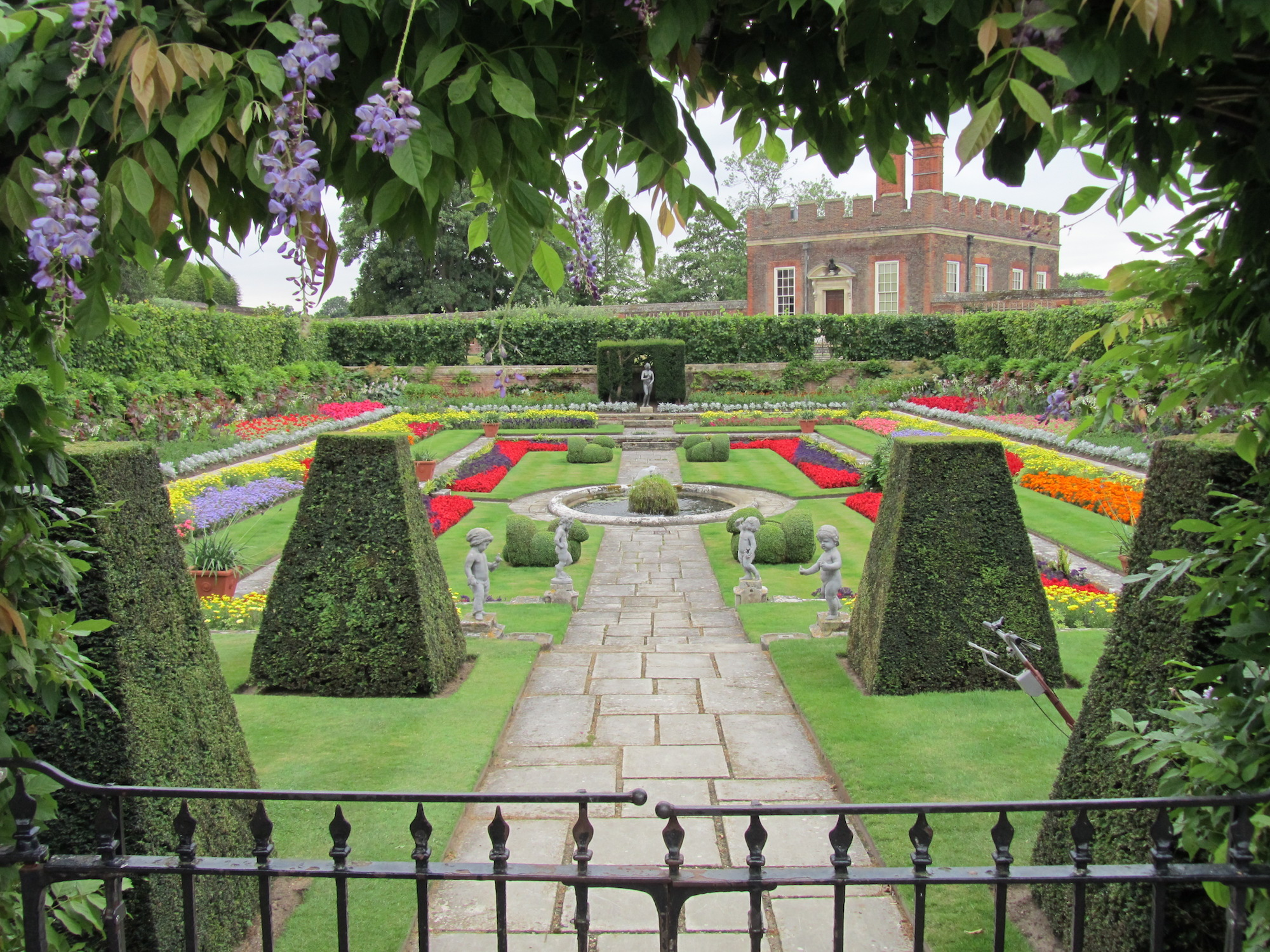Roses In Garden: RHS Hampton Court Flower Show & The Gardens Of Kent With