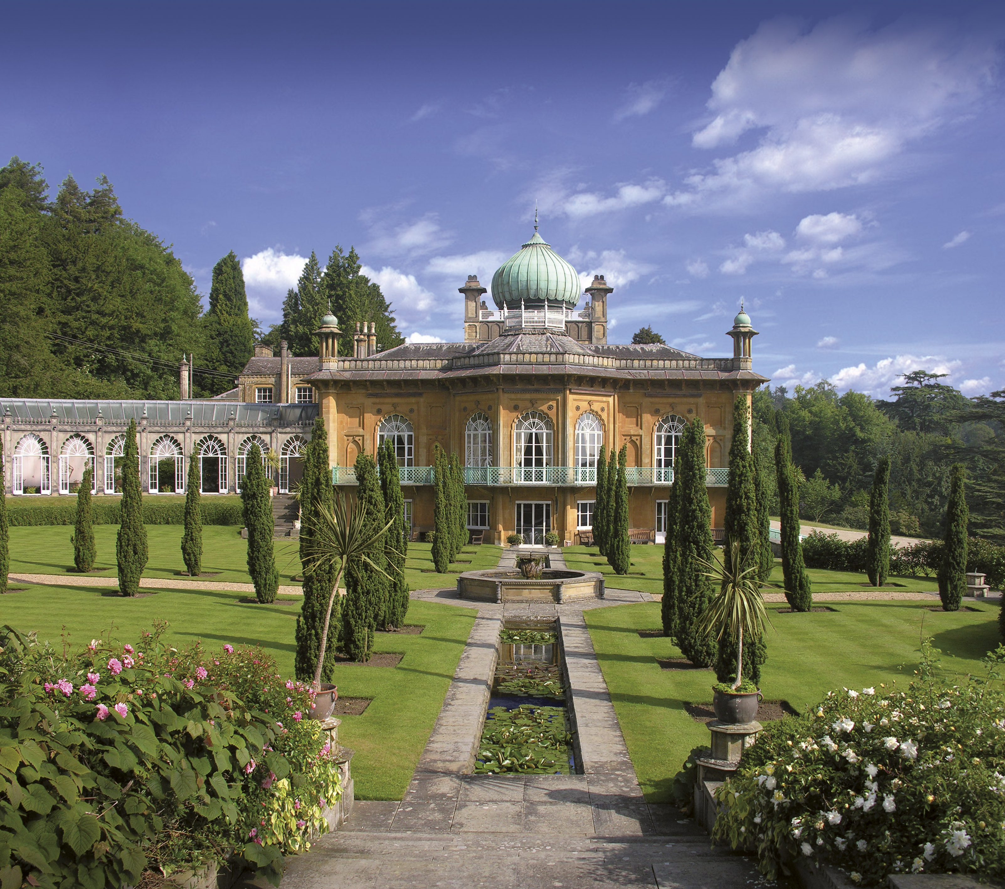 Cotswolds Gardens Tour With Highgrove 2015