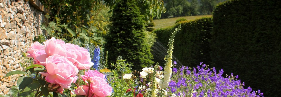 Cotswolds Summer Garden Tour with Highgrove