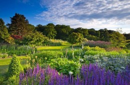 Great Houses and Gardens of Yorkshire & the Lake District