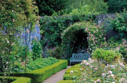 Scotland's Finest Castles and Gardens with Gleneagles