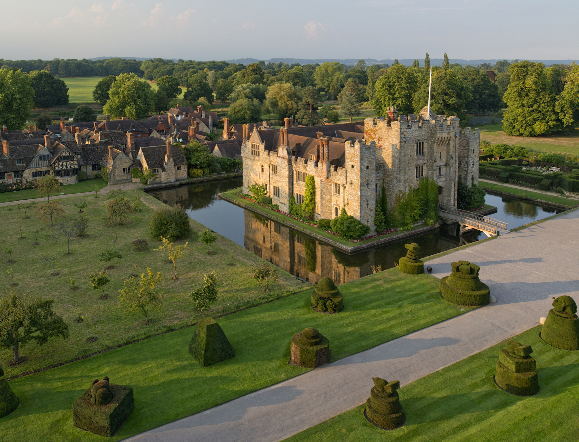 Hever Castle copyright VisitBritain